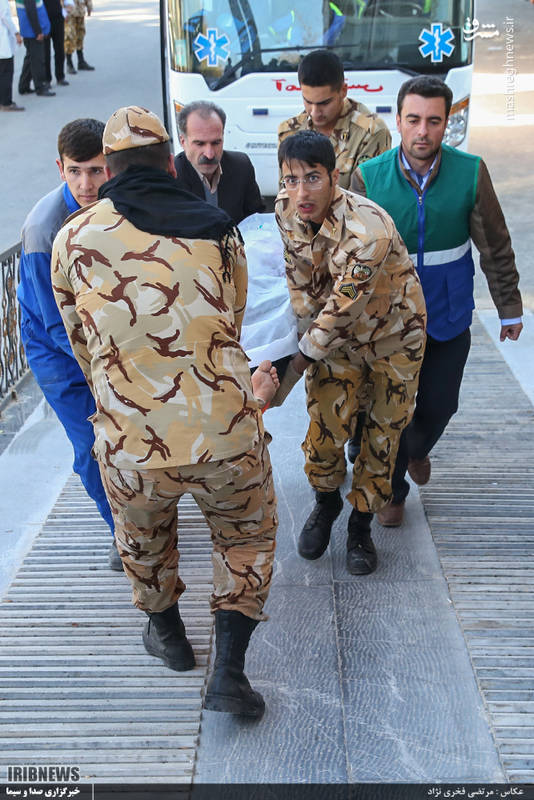 امداد رسانی ارتش به زلزله زدگان سر پل ذهاب