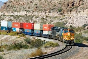 سیاست اشتباه توسعه راهآهن مسافری
