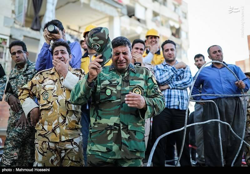 اشک ارتشیها در غم مردم کرمانشاه