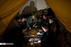 سومین شب پس از زلزله در غرب کشور
