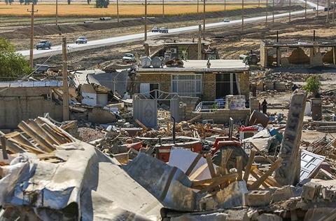 جان باختن ۲۰ نفر از معلولان در مناطق زلزله زده