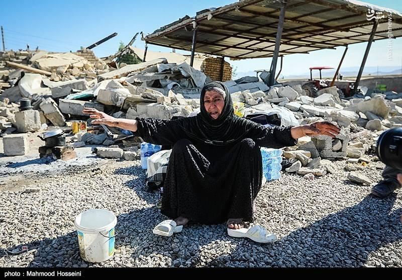 حکایت مهمترین سرویس بهداشتی یک شهر زلزلهزده +عکس