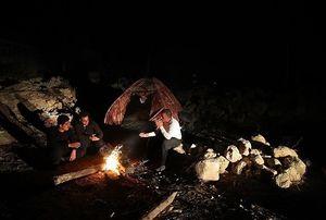 زلزلهزدگان چادرنشین