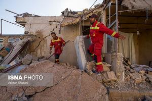عکس/ امدادگران خستگیناپذیر