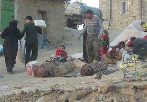 عکس/سپاه اقلام اولیه را به روستاهای دورافتاده رساند