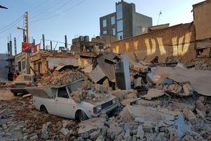 همدردی قهرمانان کشتی جهان با زلزلهزدگان ایران +عکس