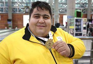 دلیل غیبت سیامند رحمان در اردوی تیم ملی وزنهبرداری معلولان