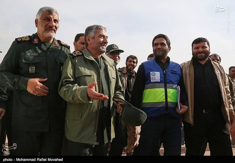 حضور فرمانده کل سپاه در مناطق زلزله زده غرب کشور
