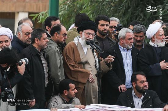سخنرانی مقام معظم رهبری در جمع مردم زلزله زده سر پل ذهاب