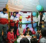 یک جشن تولد دیگر... تولد امیررضا، کودک زلزله زده توسط تیم حمایت روانی و اجتماعی جمعیت هلال احمر جشن گرفته شد