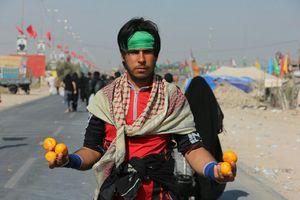 از بیتوته در خانه اسیر جنگی تا سوال عجیب یک عربستانی از زوار ایرانی+عکس