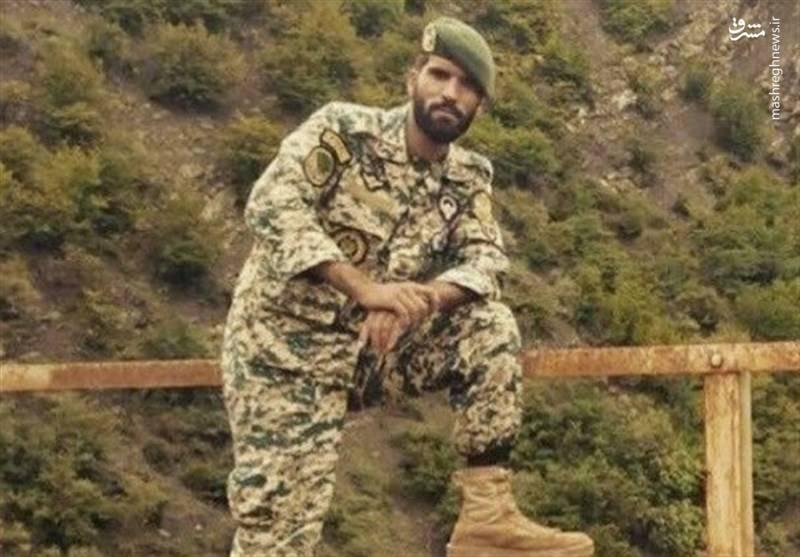 شهید محسن قوطاسلو تکاور عضو تیپ 65 نوهد ارتش که در سوریه به شهادت رسید.