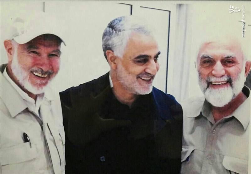 شهید سردار همدانی کنار سرلشکر سلیمانی