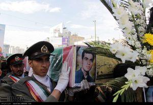 عکس/ تشییع شهدای مدافعحرم و دفاعمقدس در مشهد