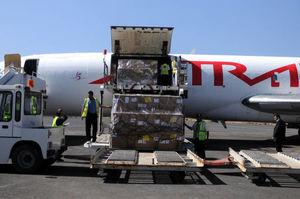 عکس/ ورود کمکهای صلیب سرخ به یمن