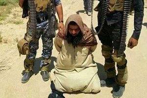 فیلم/ اسیر داعشی: من فقط از اینجا رد میشدم!