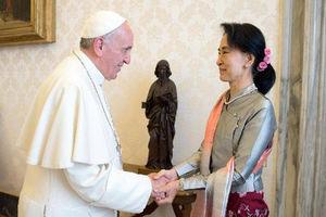 پاپ در میانمار