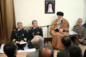 عکس/ دیدار فرماندهان و مسئولان نیروی دریایی ارتش با رهبرانقلاب