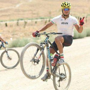 عکس/ وجود 10 پیچ در پای رکابزن ایرانی!