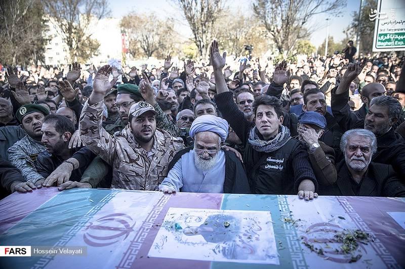 2123938 - مراسم تشییع شهید مدافع حرم نوید صفری