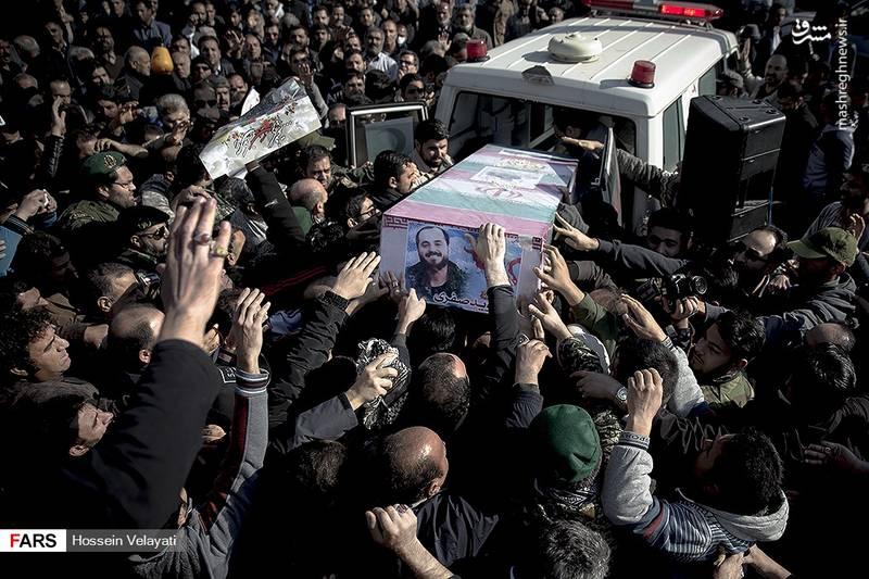 2123942 - مراسم تشییع شهید مدافع حرم نوید صفری