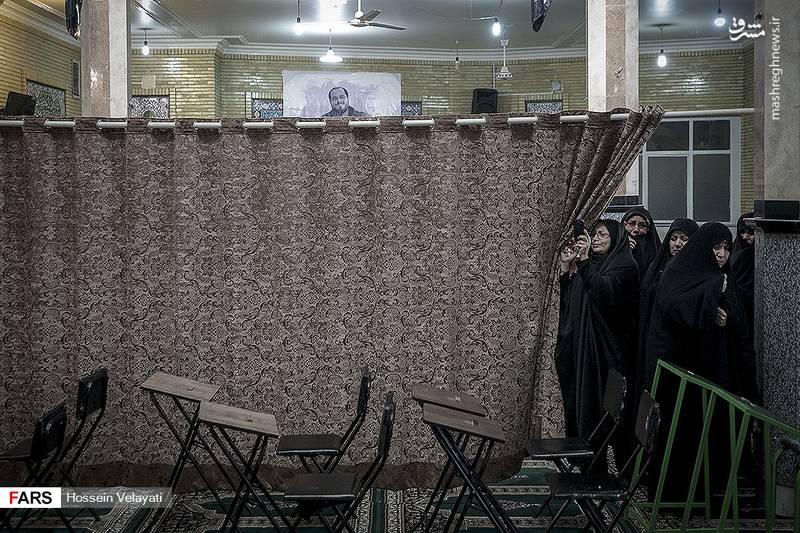 2123944 - مراسم تشییع شهید مدافع حرم نوید صفری