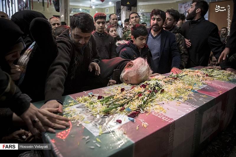 2123945 - مراسم تشییع شهید مدافع حرم نوید صفری