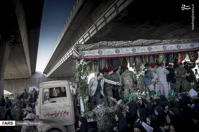 2123949 - مراسم تشییع شهید مدافع حرم نوید صفری