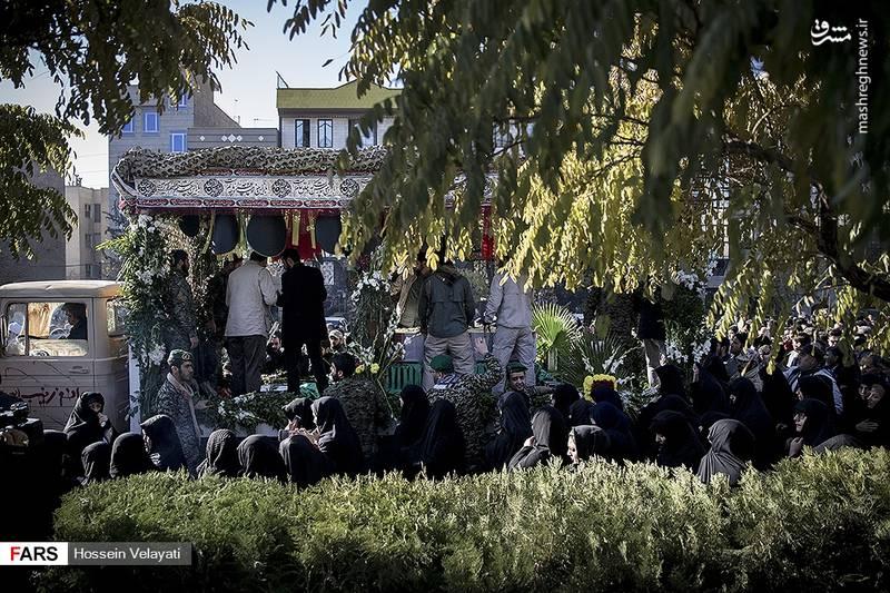 2123950 - مراسم تشییع شهید مدافع حرم نوید صفری