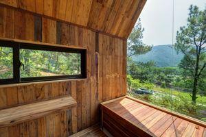 خانهای چوبی زیبا در دل طبیعت
