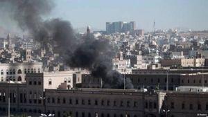 عکس/ به آتش کشیدن مقر انصارالله در صنعا