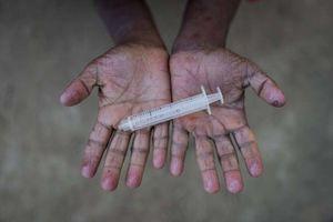 عکس/ اسباب بازیهای عجیب کودکان روهینگیایی