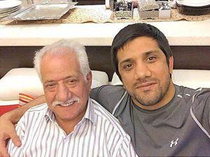 عکس/ علیرضا دبیر در کنار پدرش