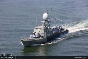 عکس/ تحویل ناوچه موشکانداز سپر به نیرویدریاییارتش