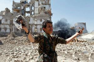 عکس/ حمله جنگندههای سعودی به کاخ عبدالله صالح