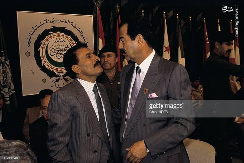 عبدالله صالح در کنار صدام حسین در بغداد