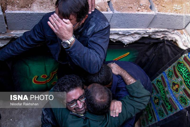 تشییع و خاکسپاری یکی از شهیدان مدافع حرم در شهرکرد