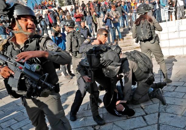 وقوع درگیری میان تظاهراتکنندگان فلسطینی و نظامیان صهیونیستی