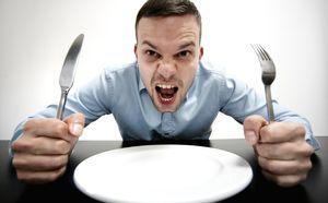 2131131 - ۲ میلیون گرسنه دارای اضافه وزن در ایران!