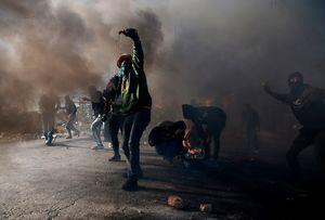 درگیری شدید فلسطینیان با سربازان اسرائیلی پس از اعلام جابجایی سفارت فلسطین به قدس