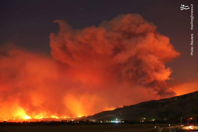آتش سوزی گسترده در جنگلهای کالیفرنیا که در این فصل از سال، کمسابقه است