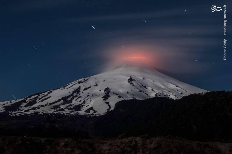 آتشفشان ویلاریسا در شیلی علائمی از فعالیت را بروز داده است