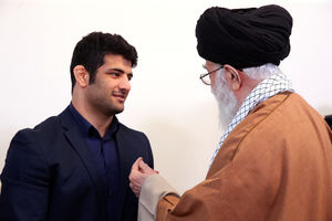 عکس/ دیدار علیرضا کریمی با رهبر انقلاب