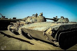 عکس/ کشف انبارهای تسلیحات داعش در دیرالزور