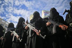 رژه یگان زنان حماس