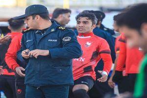 دستگیری بازیکن تیم ایرانجوان بوشهر توسط پلیس +عکس