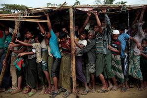 عکس/ حالو روز آوارگان میانماری در روزهای بارانی