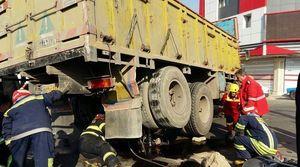 تصادف مرگبار موتور سیکلت با کامیون