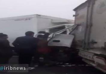 فیلم/ تصادف زنجیرهای 40 خودرو در ارومیه
