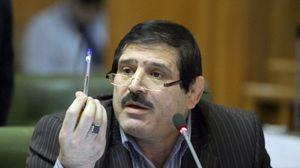 عباس جدیدی مجمع انتخاباتی فدراسیون کشتی را ترک کرد